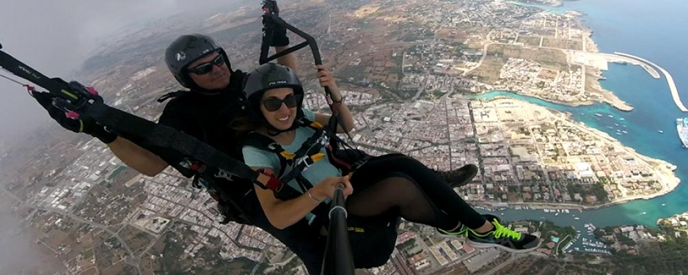 Sentid la libertad de volar con Parapente Biplaza Menorca