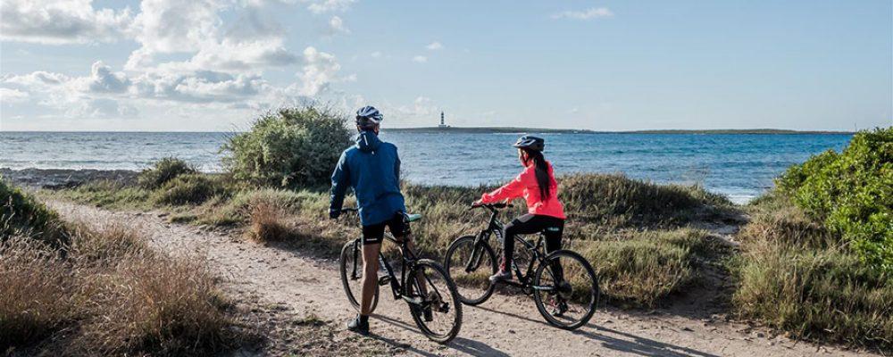 Menorca por tierra, mar y aire