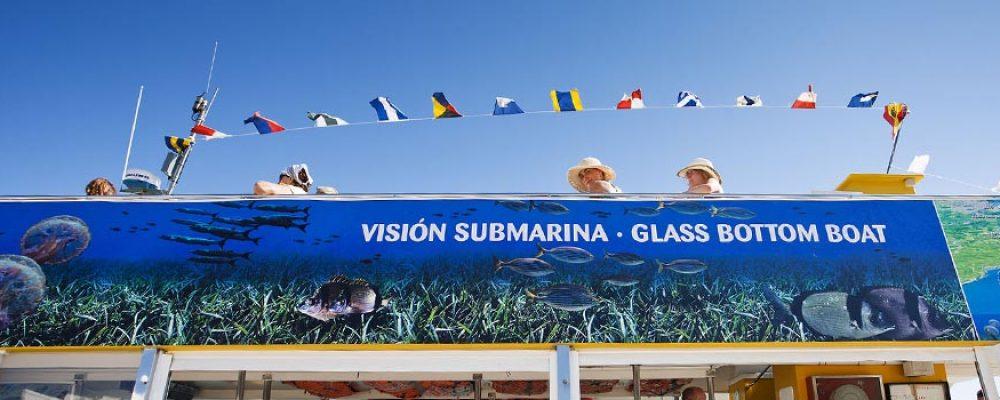 Conoced los secretos del puerto de Mahón con Yellow Catamarans